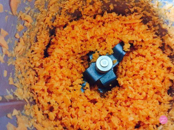 carottes râpées pour le carrot cake