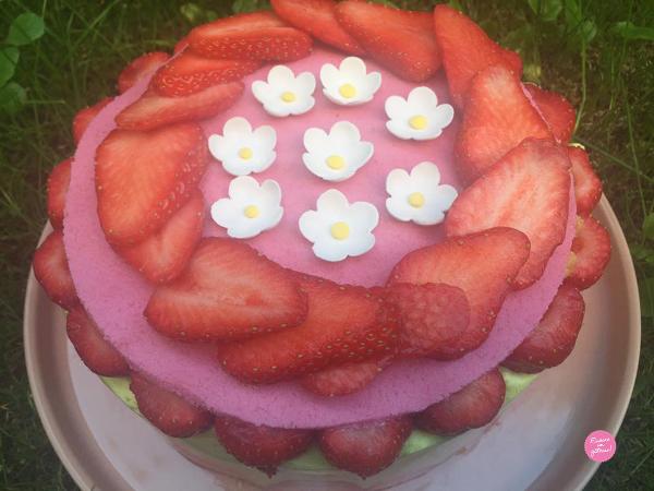 fraisier crème mousseline pistache