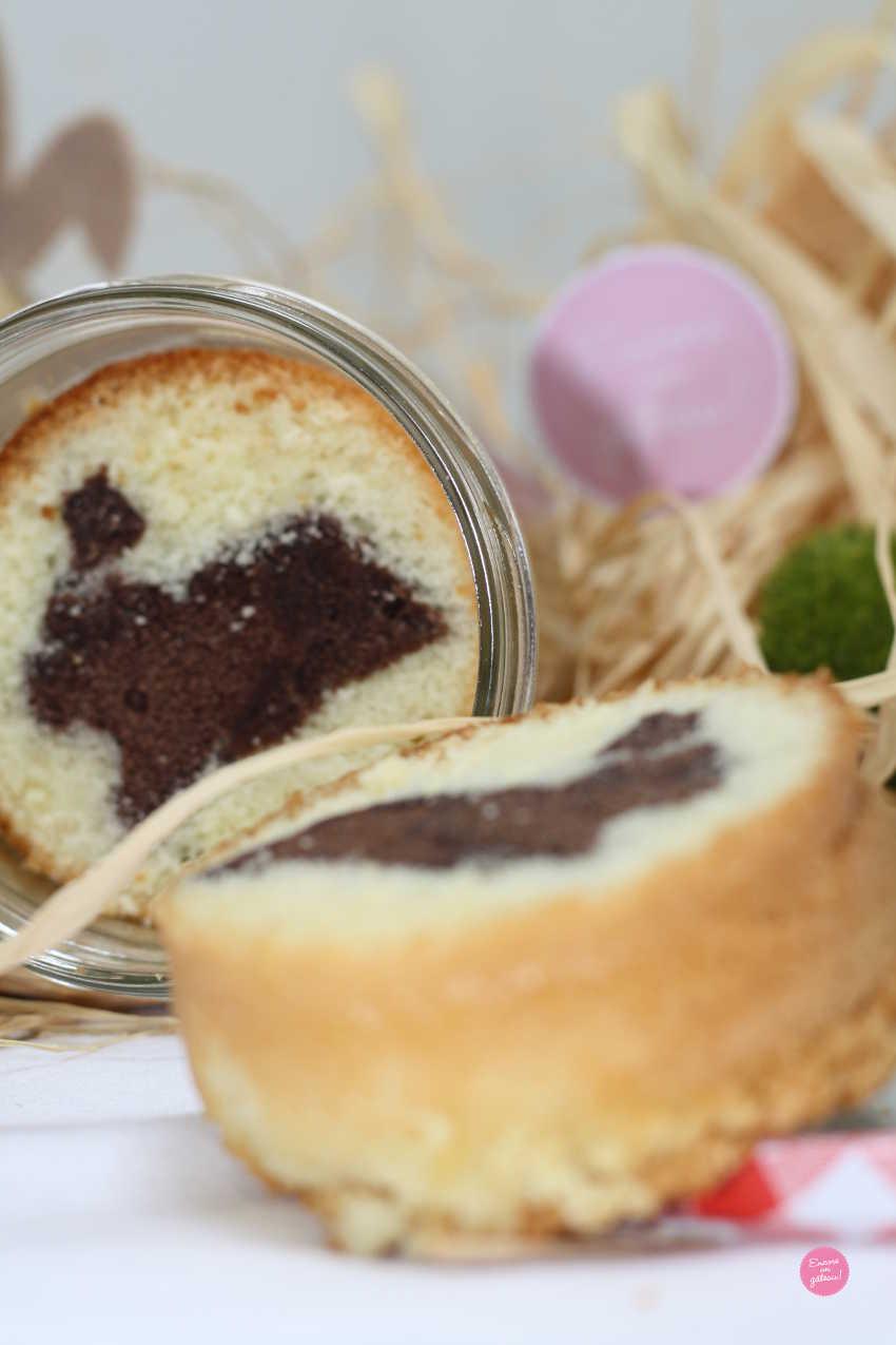 gâteau caché en bocal