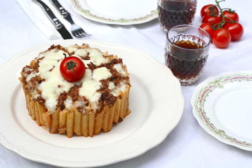 gâteau de pâtes à la bolognaise