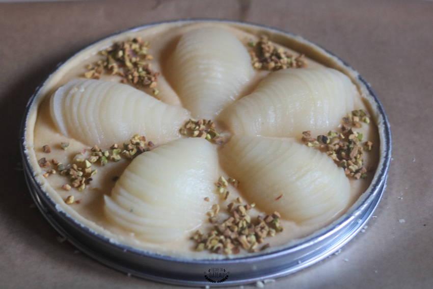 comment disposer les poires sur la tarte bourdaloue ?