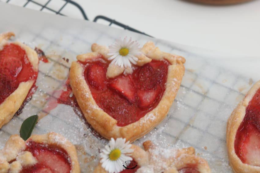 comment faire des tartelettes aux fraises en forme de fraises