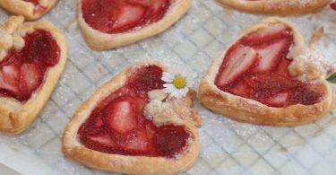 mes tartelettes aux fraises pâte feuilletée et fraises fraîches