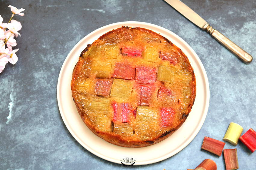 comment faire un gâteau renversé à la rhubarbe