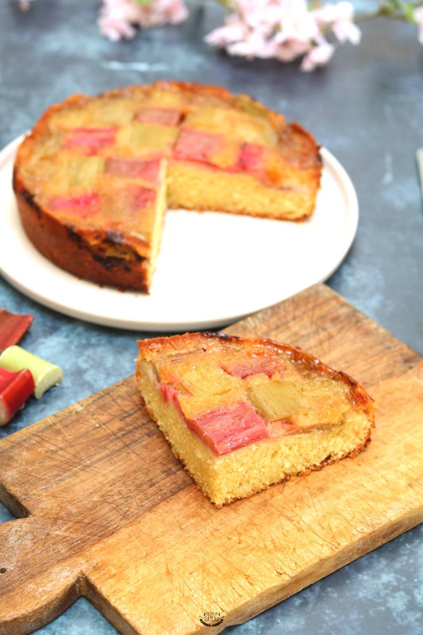 faire un gâteau renversé à la rhubarbe