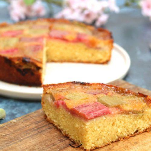 gâteau renversé à la rhubarbe recette