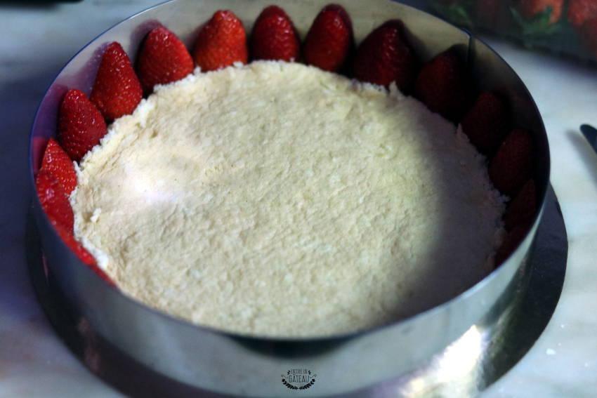 montage fraisier crème diplomate