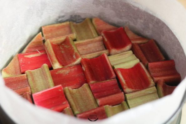 rhubarbe gâteau renversé à la rhubarbe