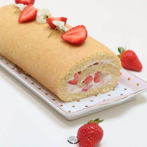 roulé fraises et chantilly