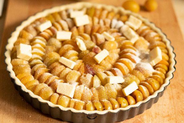 tarte aux mirabelles prête à enfourner