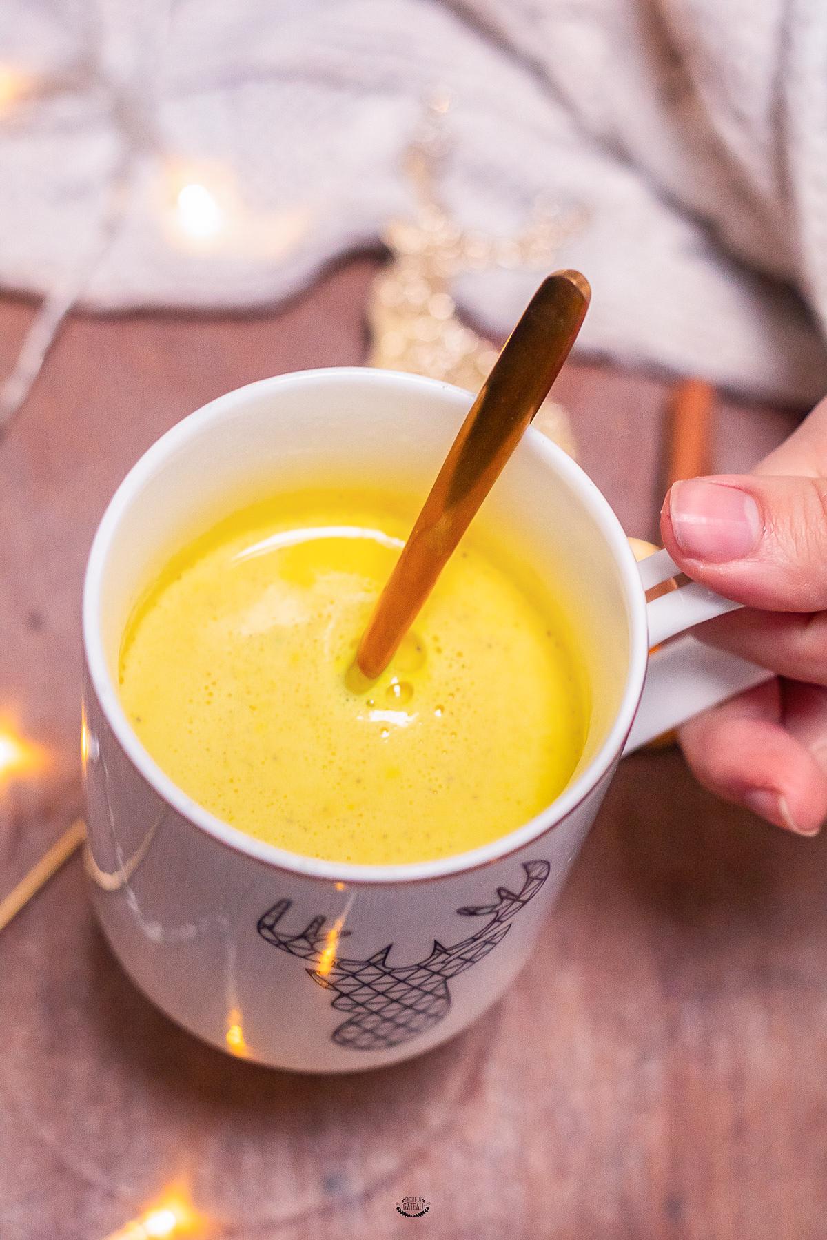 boisson chaude golden latte