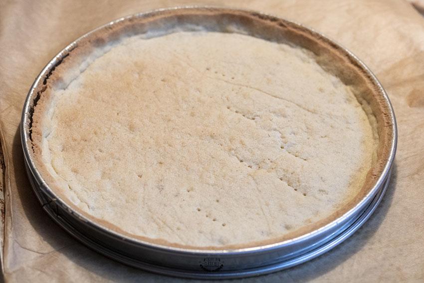 fond de tarte mi-cuisson