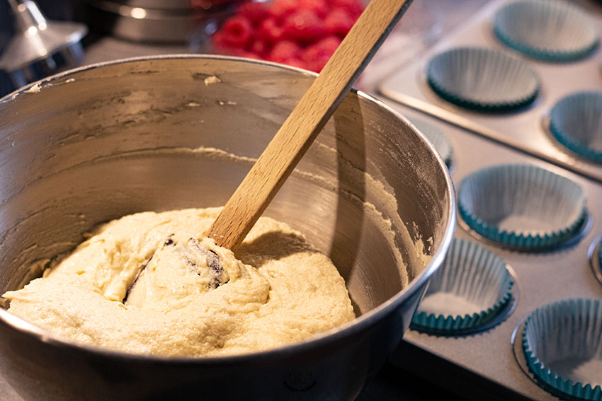 appareil muffins framboises