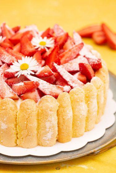 charlotte fraises cap