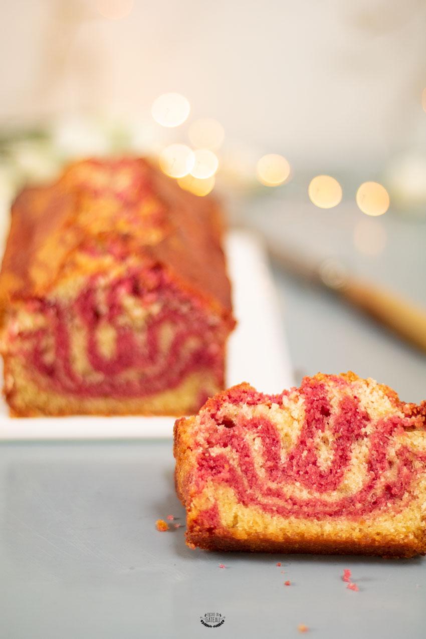 gâteau marbré framboise