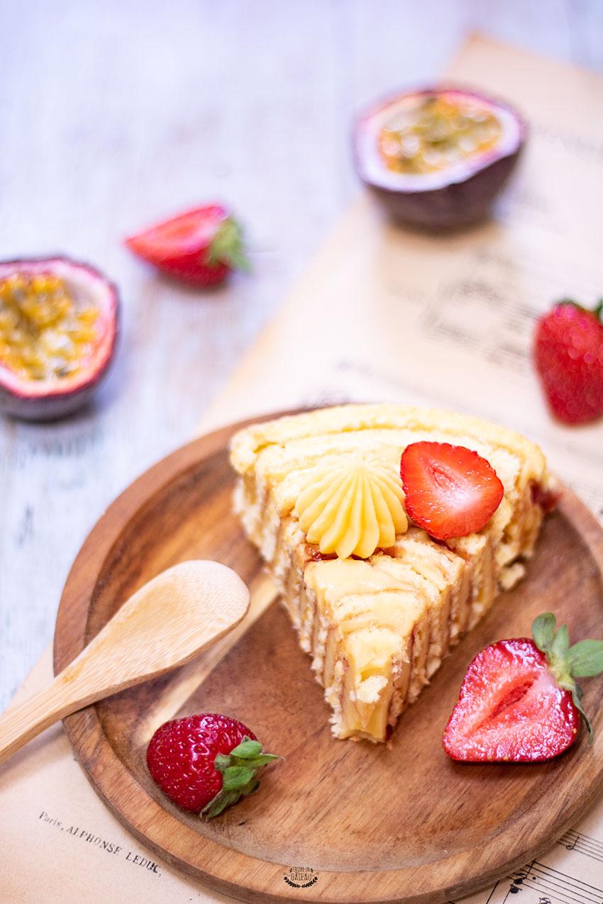 gâteau roulé vertical passion fraise