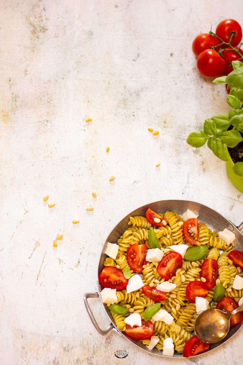 recette salade de pâtes au pesto basilic