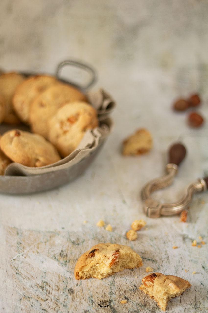 cookies chocolat blanc abricots et noisettes