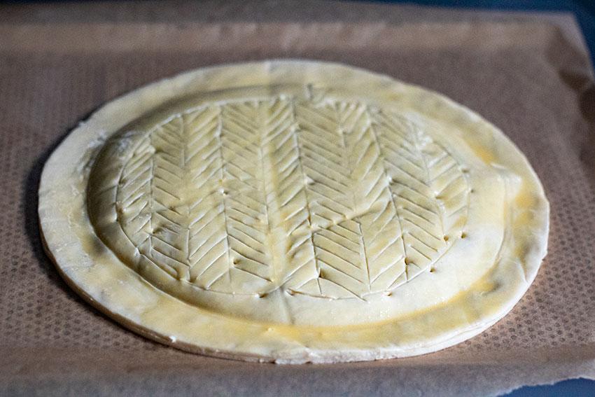 galette des rois aux pommes avant cuisson