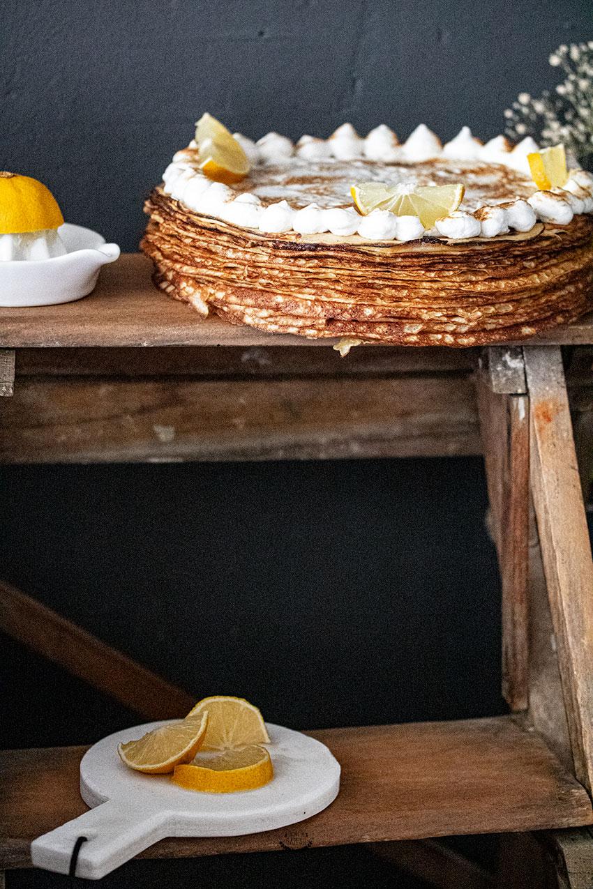 gâteau de crêpes au citron meringué