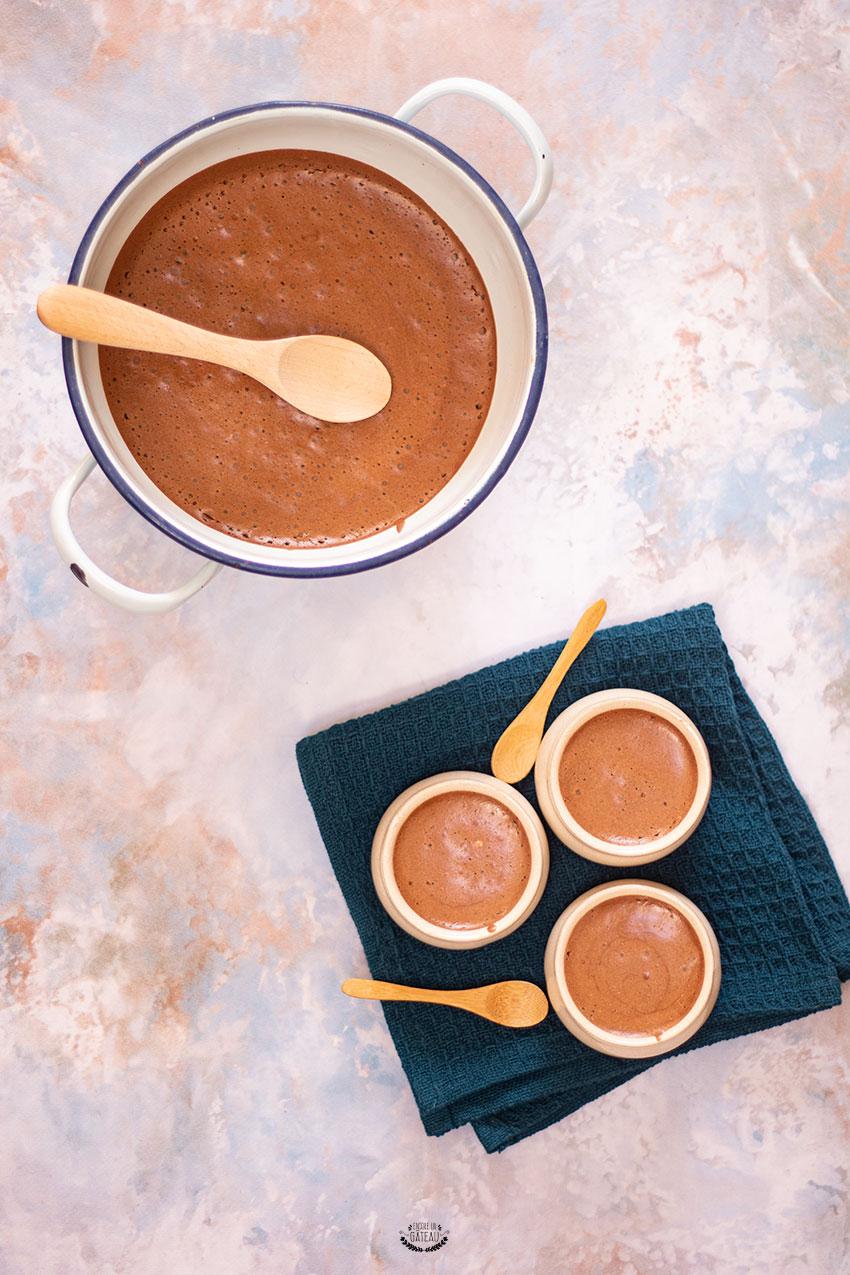 mousse au chocolat de yann couvreur