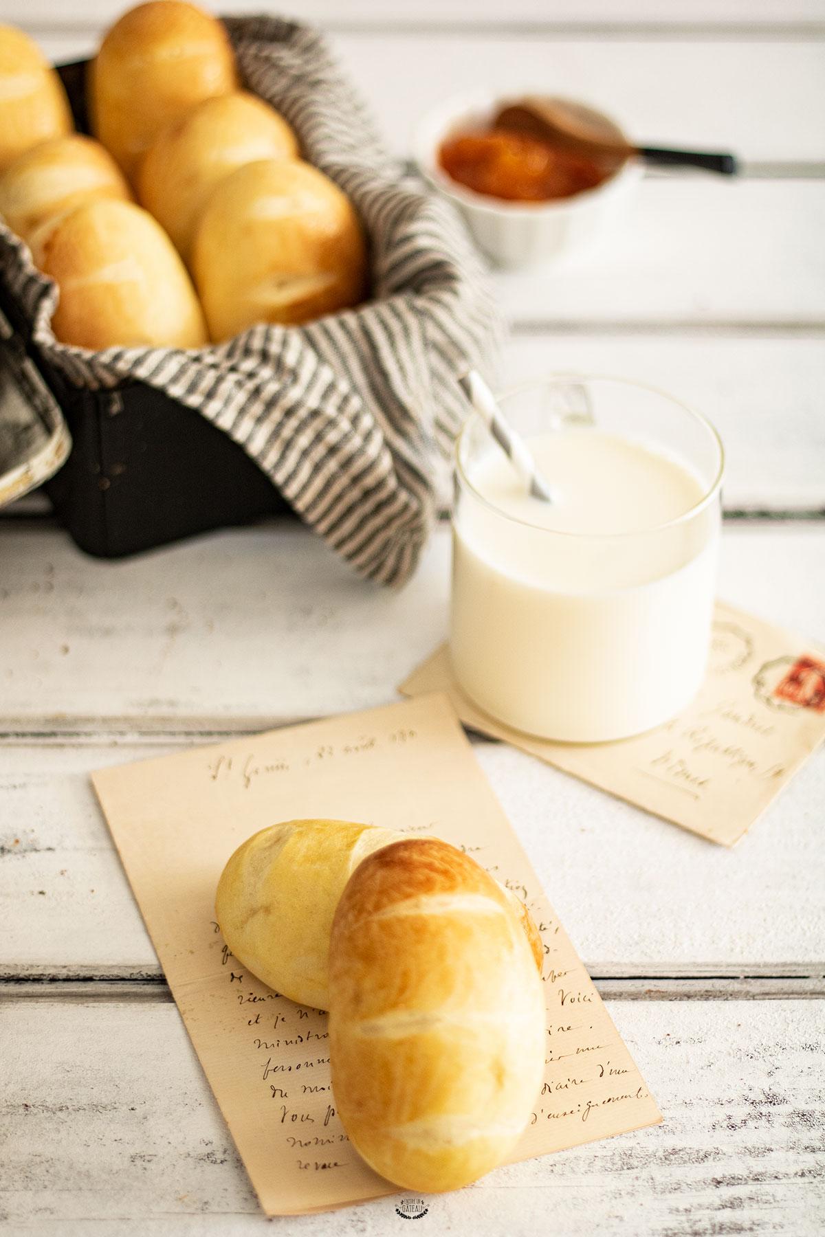 pains au lait cap