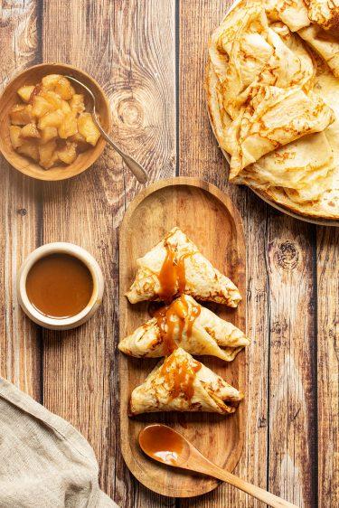 crêpes fourrées aux pommes caramélisées façon samoussas